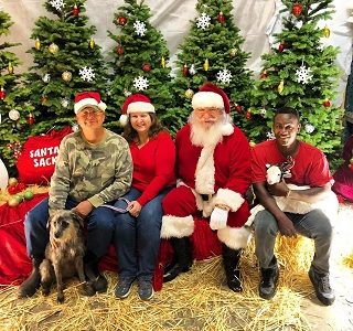 Pet Pictures with Santa at Western Ranch Dec.7-8