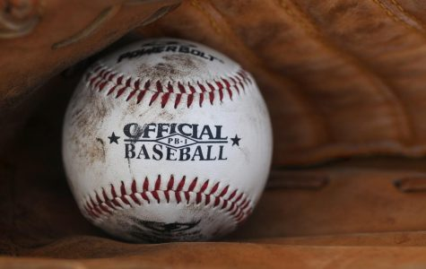 Baseball players meet on January 8 at lunch